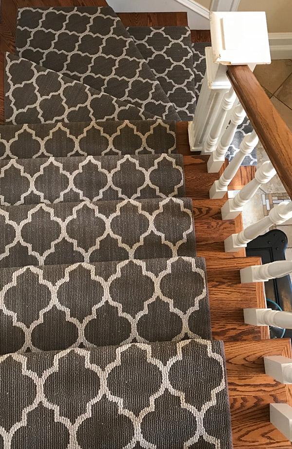 stairs corner carpet